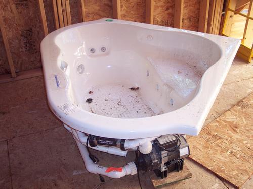 Loft Jetted Tub